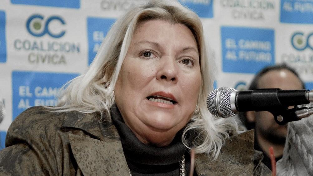 Denuncian penalmente a Carrió por acusar al Presidente de