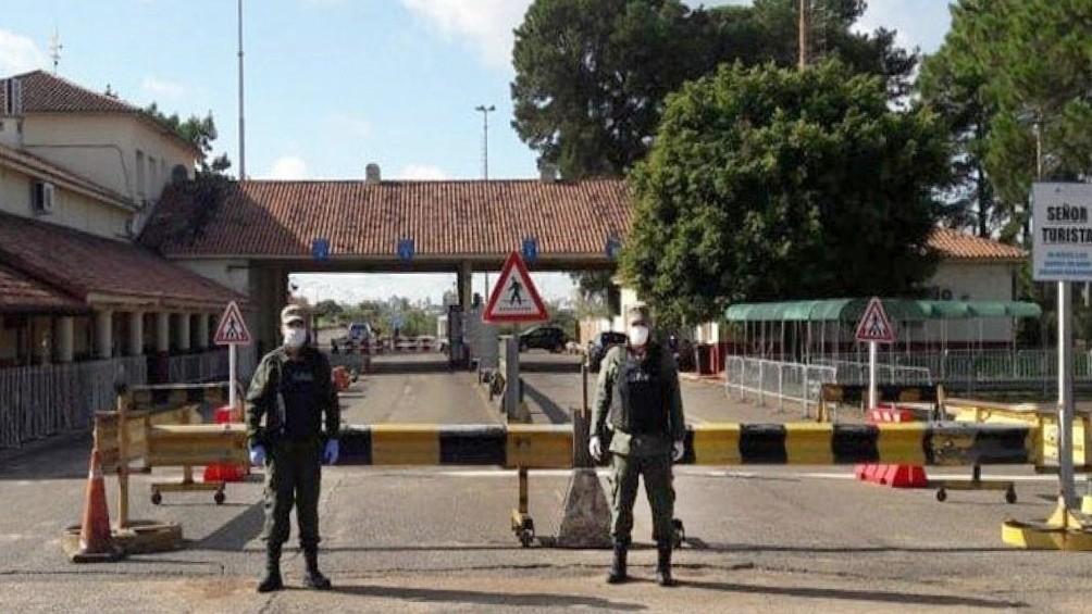 Ordenaron el ingreso al país de argentinos varados en Paso de los Libres