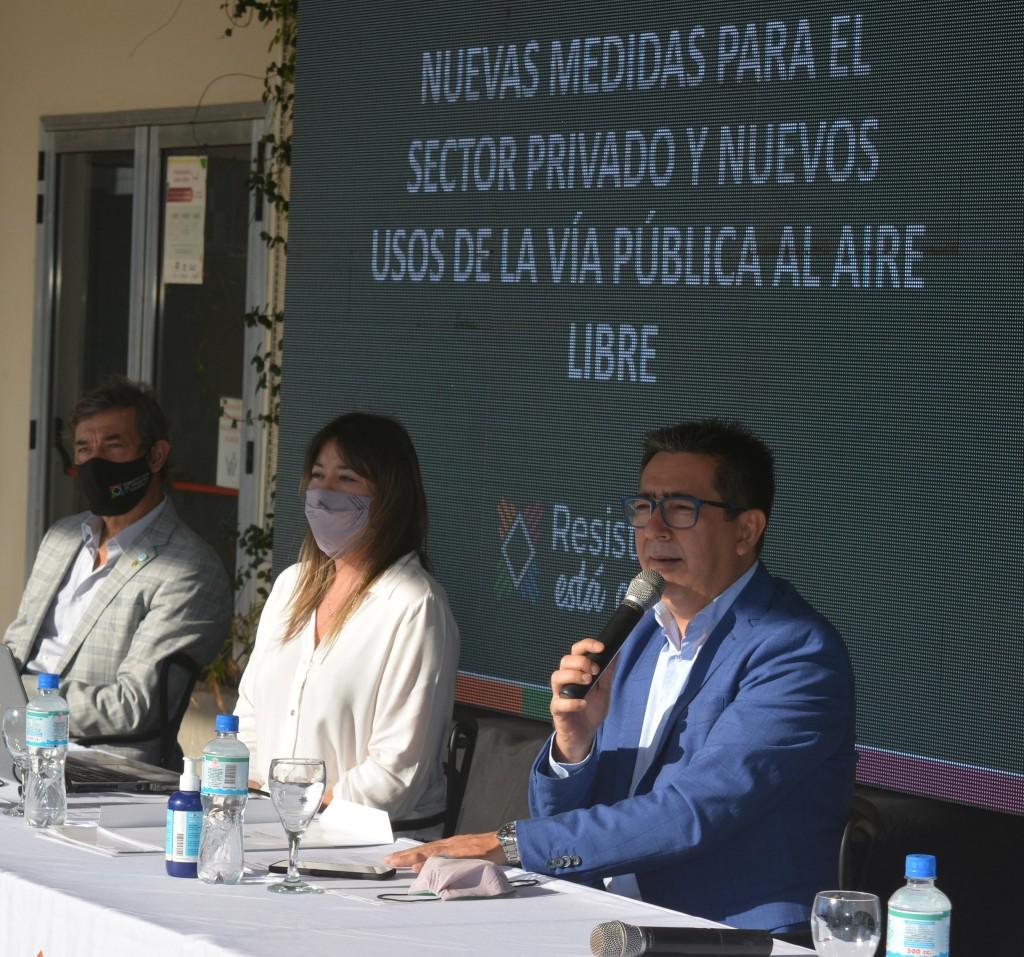 El Intendente eliminó el impuesto al uso de la vía pública a comercios habilitados