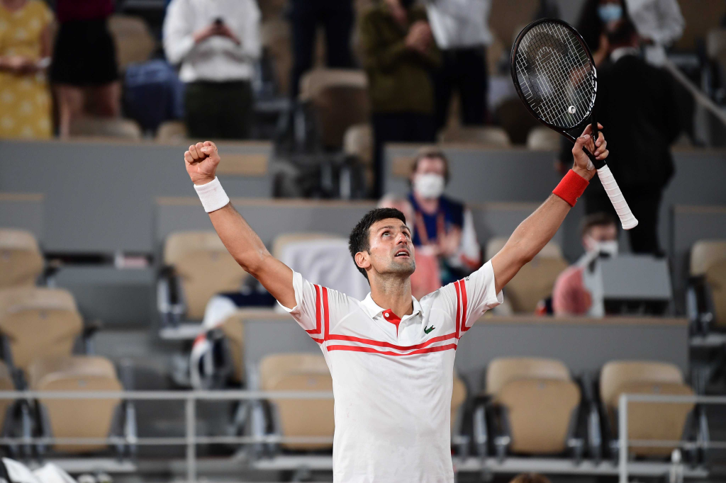 Djokovic venció a Nadal y es finalista en Roland Garros