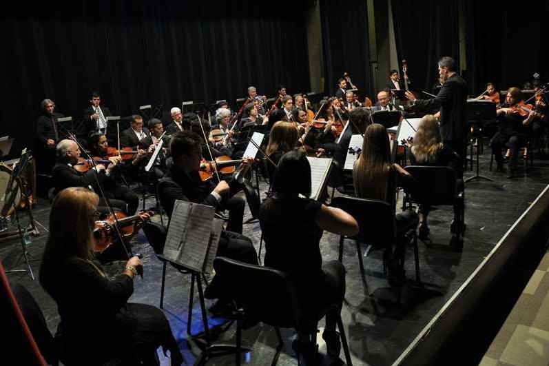 Aniversario de la Sinfónica: la mirada de tres emblemáticas artistas de la Orquesta