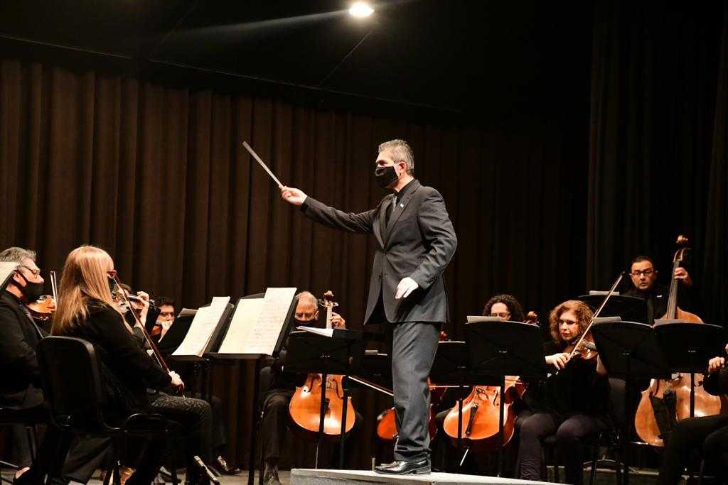 """Maestro Jorge Dumont: """"La música clásica nos hace mejores personas"""""""