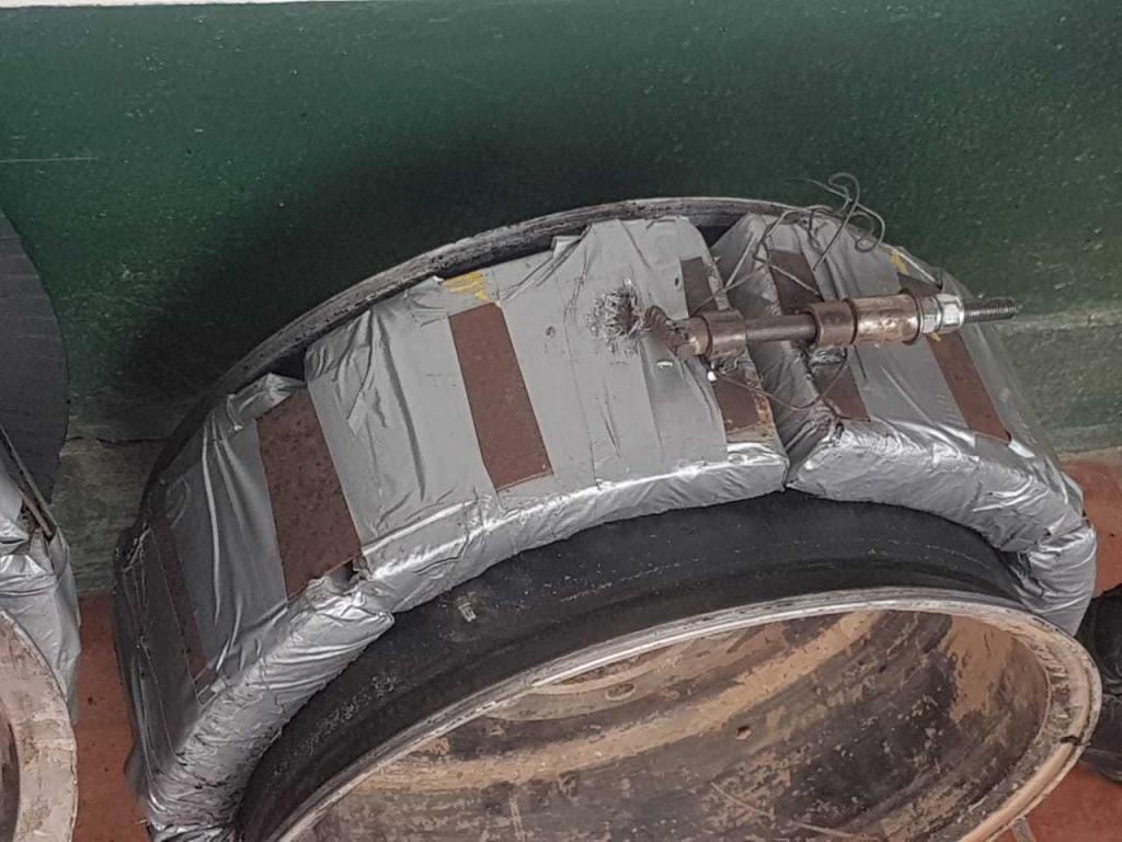 Ocultaban 30 kilos de cocaína dentro de los neumáticos de una camioneta