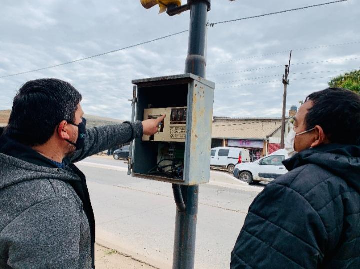 Funciona nuevamente el semáforo de Av. Castelli y Cocomarola