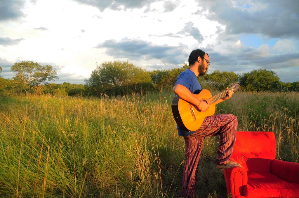 Lalo Aguilar lanza su primer disco y estará disponible en todas las plataformas