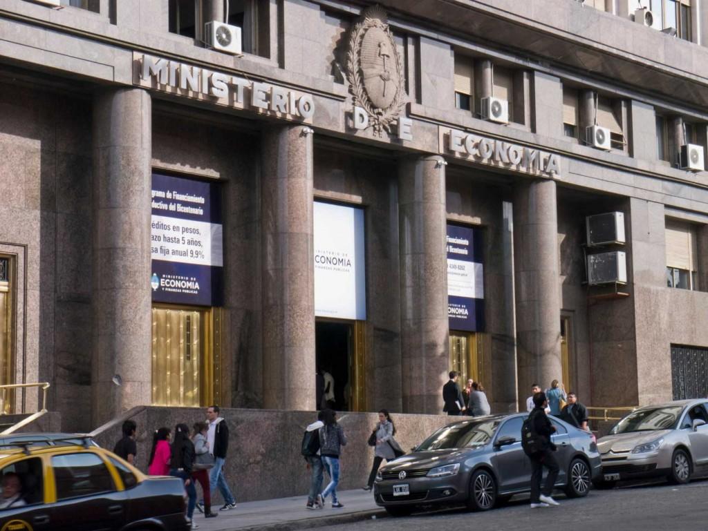 Con el Aporte Solidario, el déficit primario del Sector Público se reduce a $153.217 millones