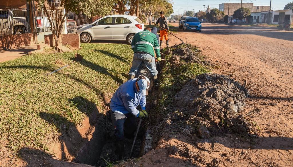 Nuevo operativo de refuncionalización de desagües en Av. Edison y calle 21