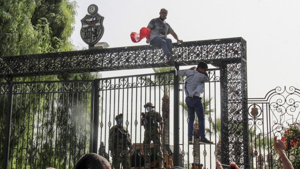 Acusación de golpe de estado en Túnez