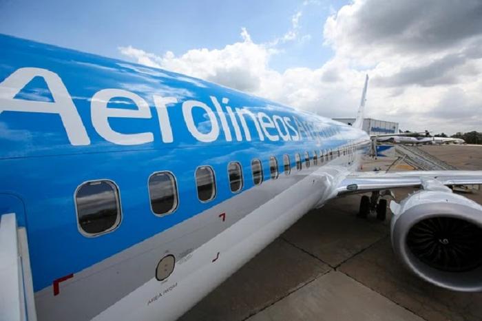 Insfrán anunció el reinicio de vuelos de Aerolíneas Argentinas a Formosa a partir del 15 de agosto