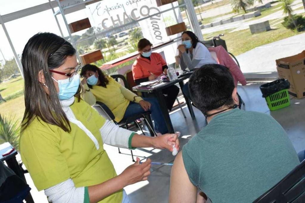Comienza la inmunización contra COVID-19 en niños y adolescentes