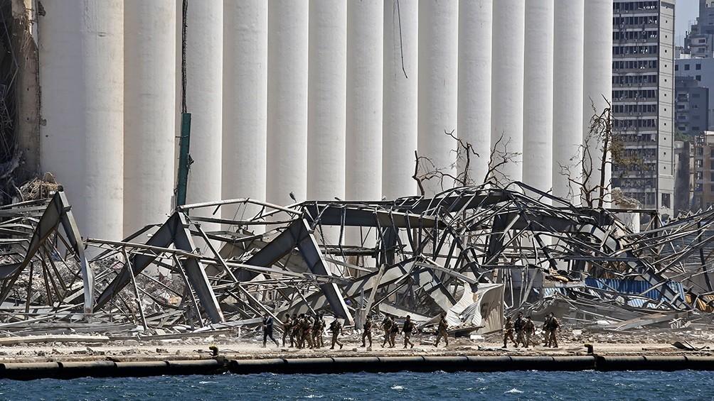 Acusan de negligencia criminal a autoridades por la explosión del puerto de Beirut