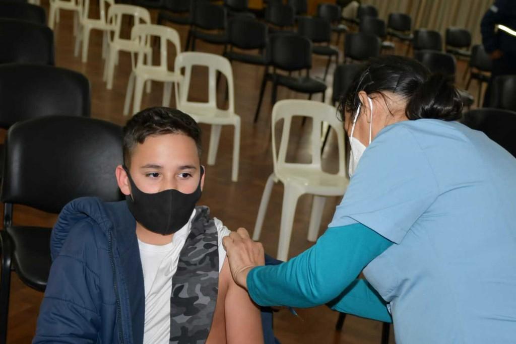 Bruno, primer niño chaqueño vacunado contra la COVID-19