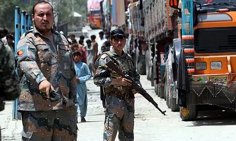 El Ejército afgano ordena evacuar Lashkargah para luchar por ella