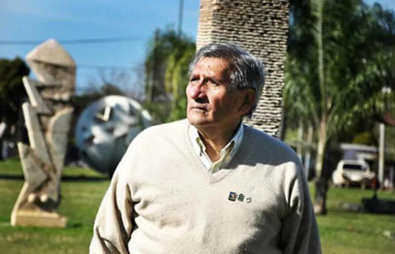 La cultura chaqueña esta de luto, murió el escultor Fabriciano Gómez