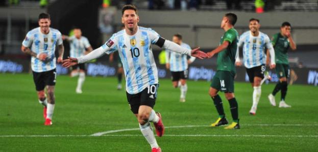 Con tres goles de Messi, Argentina ganó, goleó y gustó