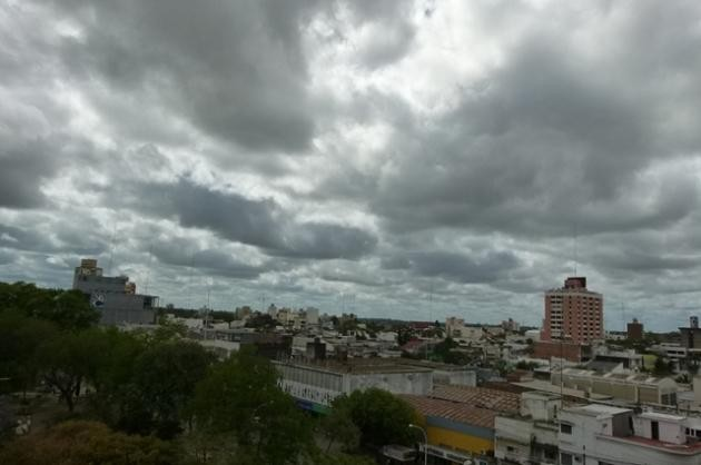 Se esperan lluvias y descenso de la temperatura para la noche de este lunes