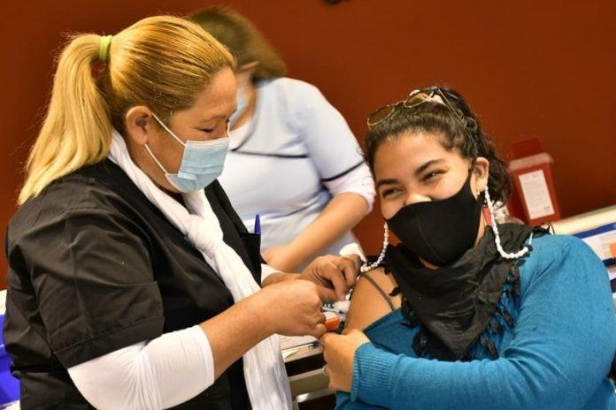 Continúa este martes 14 la vacunación contra COVID-19 en el Gran Resistencia