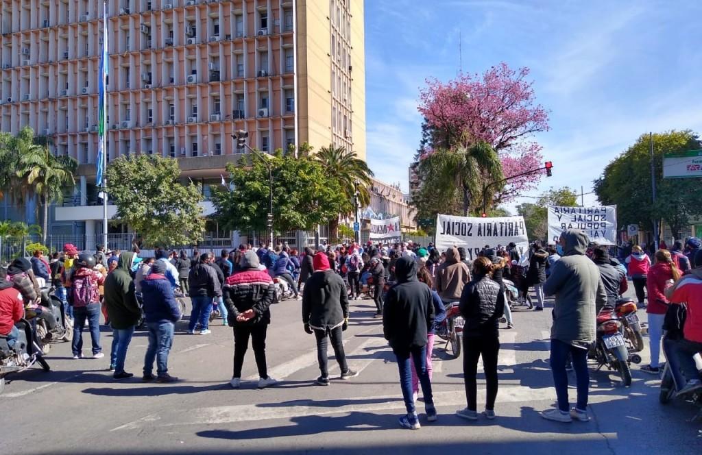 Nueva manifestación invade el centro de Resistencia: enojo de conductores y comerciantes