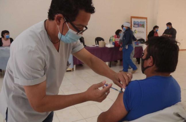 El cronograma de vacunación contra COVID para este viernes en el Gran Resistencia