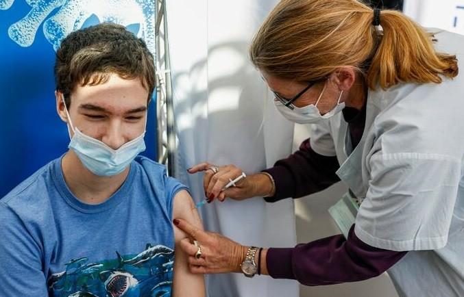 Este sábado continúa en el Gran Resistencia la vacunación contra el coronavirus