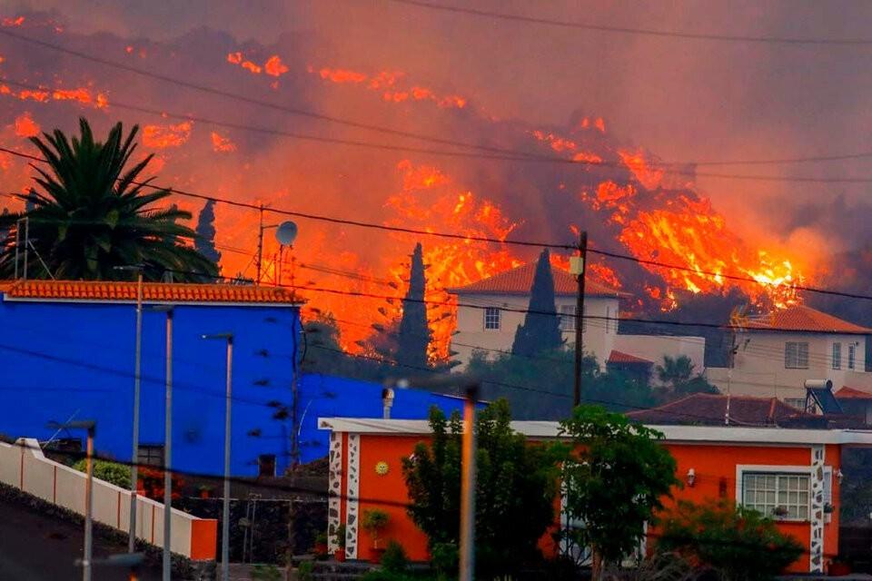 La erupción del volcán no da tregua