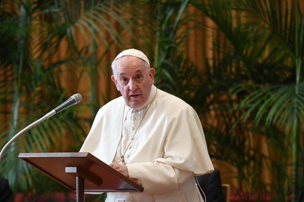 """El papa Francisco: """"Espero que la Iglesia emprenda un camino de redención"""""""