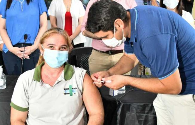 El cronograma de vacunación contra el coronavirus para el sábado 16