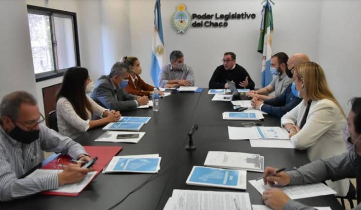 Pérez Pons presentó ante comisión de Hacienda el presupuesto 2022