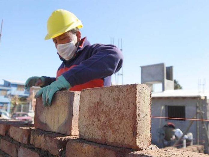 Continúa creciendo el empleo en la construcción y lidera la expansión regional